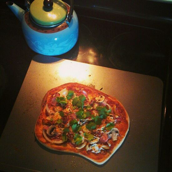 barbecue chicken Pizza . handmade dough, homemade BBQ sauce Dinner Fooddiary Toomuchtimeonmyhands housewifeduties