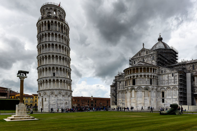 Tower and cathedral at the Meadow of Miracles, Pisa Cathedral Famous Grass Holiday Medici Miracles Pisa Pisa Italy Pisa Tower Renaissance Travel View Famous Place Italian Italy Landmark Miracoli Piazza Tilted Tower