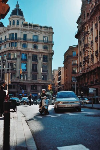 BCN (73) CopyrightPiotrSzuber Barcelona 2015 Street Photography Streetphotography Streetphotography Colors EyeEmStreetshots Streets Streetlife Creative Light And Shadow VSCO Vscocam C8