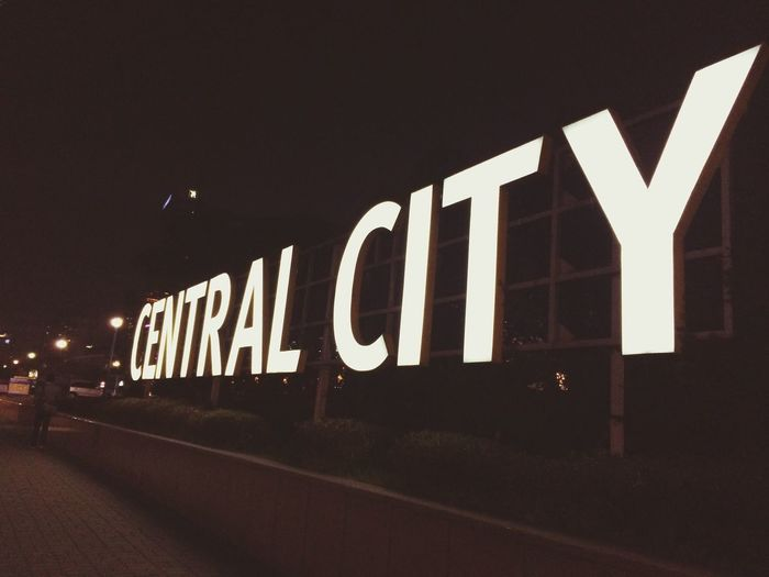 central city Taking Photos Hello World Cheer Up!