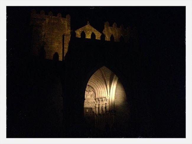 Walking Around The City  Shadows & Lights En Catedral De Tui.