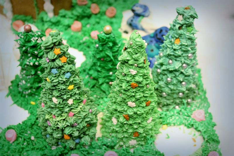 Christmas Around The World Hyatt Regency Vancouver Christmas TreeGingerbread Vancouver BC Green Holiday Desserts