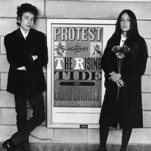 Bobdylan JoanBaez Protest