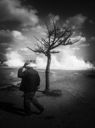 The Art Of Street Photography Solitude Lifestyles Nature Men Scenics - Nature Beauty In Nature Photography Themes Stormy Weather Palermo, Italy Sicilia EyeEm Best Shots EyeEm Masterclass Streetphoto_bw