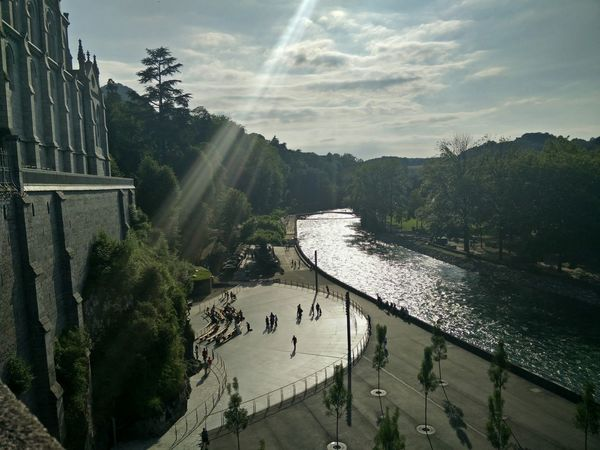 View Taking Photos People Watching Relaxing Sud-ouest The Street Photographer - 2015 EyeEm Awards Lourdes OnePlusOne📱
