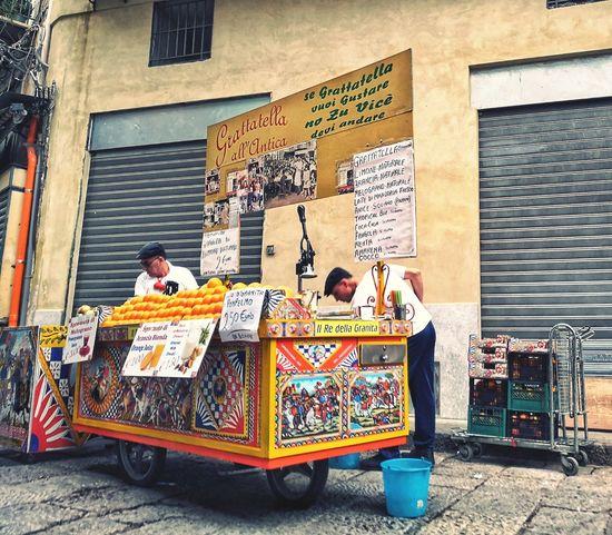Sicilia Palermo❤️ Sicily ❤️❤️❤️ Palermo EyeEm Selects Men Street Art Multi Colored Graffiti Architecture Building Exterior Built Structure