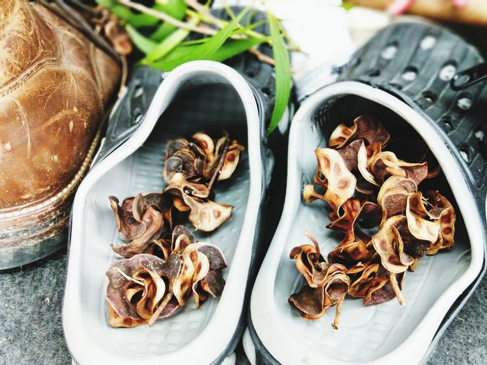 相思樹 EyeEm Selects High Angle View Plate Close-up Food And Drink Display Collection Dried Food