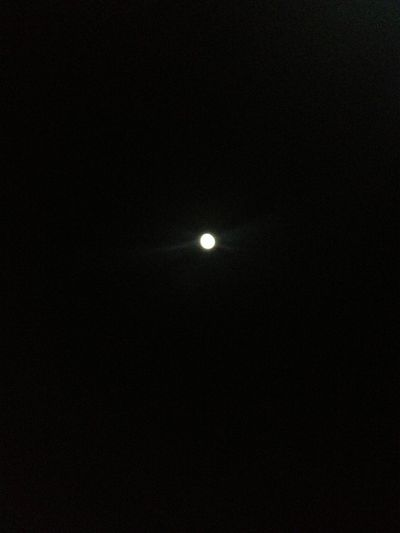 The Moon at Waikomos. Camping with the Fam(ily), sleeping under the stars