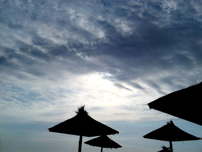 Summer Nature Outdoors Vacations Sky Clouds And Sky Clouds Sun Behind Clouds Silhouette Beach Azov Sea