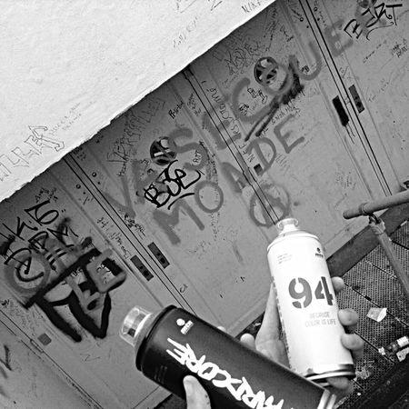 Artist FuckYou F4F Metalwork Beautiful Streetphotography Black And White First Eyeem Photo Street Tagsforlikes