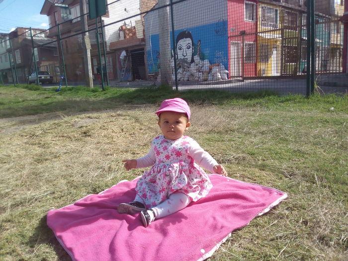 Parque con mi hija una calidad de foto desde celular