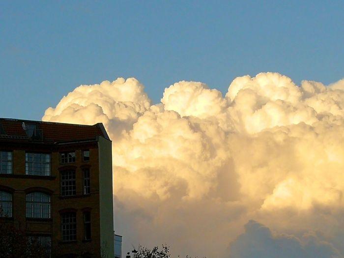 Mobilephotography Shadows & Lights Afternoon Light Fluffy City Façade Sky Architecture Building Exterior Cloud - Sky