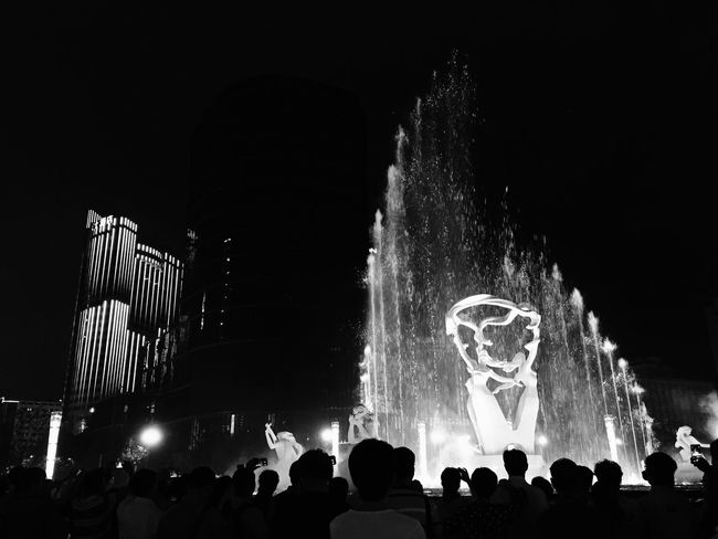 Large Group Of People Night Nightphotography Night Lights Night Photography Fountain Fountains Blackandwhite Black And White Black & White Blackandwhite Photography Monochrome Statue Built Structure Light And Shadow Monochrome Photography