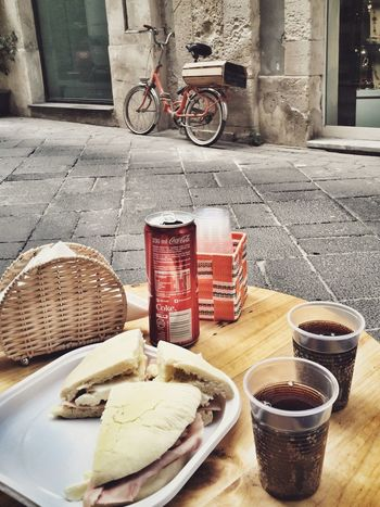 Eating arabic bread in the street Hello World Relaxing Taking Photos Enjoying Life Sicilia Food And Drink Foodphotography Food Porn Foodporn Food Eating In Sicily Hello World Taking Photos I Love My City Ortigia Discover Your City Walking Around The City  Sicily Siciliabedda Street Streetphotography My Favorite Photo Giudecca - Ortigia The Street Photographer - 2017 EyeEm Awards