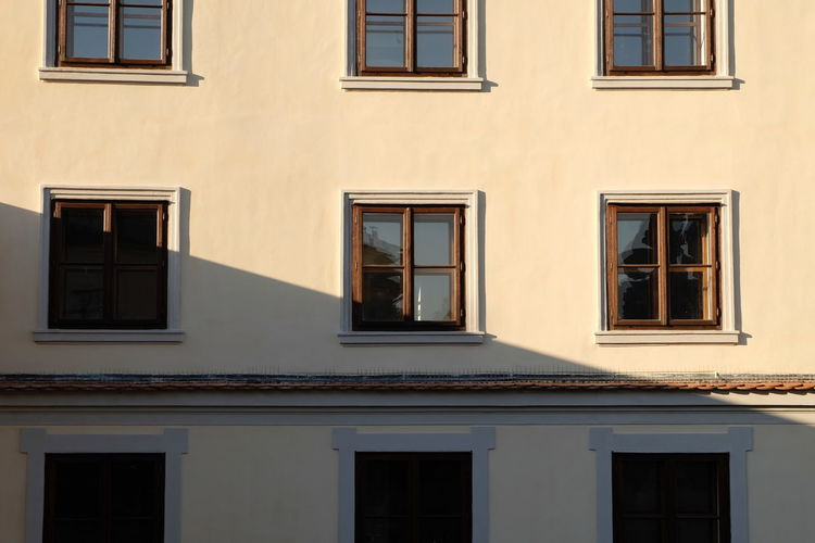 Window Building Exterior Built Structure Architecture Building No People Residential District Day Glass - Material Full Frame Low Angle View Outdoors Backgrounds Reflection Side By Side City Sunlight In A Row Shape Nature Apartment Window Frame