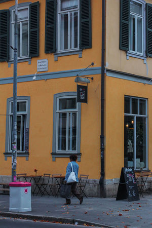 Yellow Wall Architecture Architecture_collection Urban Geometry Building Building Exterior Built Structure City Day Explore Footpath Full Length Germany Leisure Activity Lifestyles Men One Person Outdoors Real People Residential District Sitting Street Transportation Urban Window Yellow My Best Travel Photo