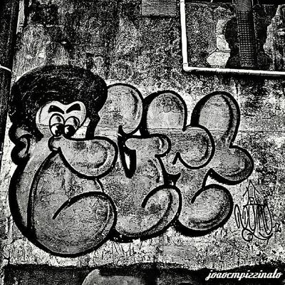 Graffiti Graffitiart Streetart Ig_contrast_bnw Amateurs_bnw Bnwmood Bnw_kings Bnw_planet Bnw_captures Top_bnw Paulistanobw Bnw_lombardia Instapicten Top_bnw_photo Flaming_abstracts Mundoruasp Olhonaruasp Streetphoto_brasil