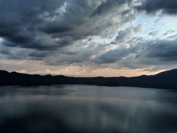 Lago De Cuatepeque Lake View Lake Lago Volcano Crater Lake El Salvador Central America Landscape Natural Beauty Beautiful Nature