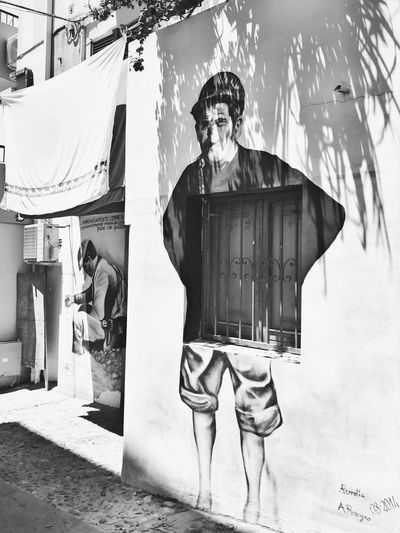 In Front Of Sicily Murales Art Arts Culture And Entertainment Art Is Everywhere ArtWork Art, Drawing, Creativity Artist Artistic Outdoors Day Men Built Structure Building Exterior Real People People Art Gallery Artistic Expression Arte ArtInMyLife Arts Streetphotography Street Streetart Street Art