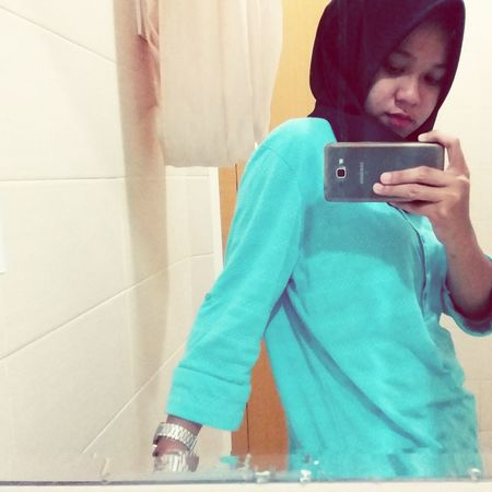 Selfie on the mirror (2) Me Mirror Hijab Selfie