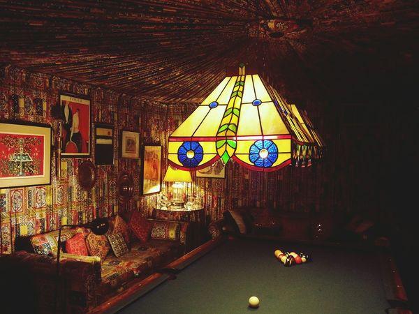 Pooltable Graceland