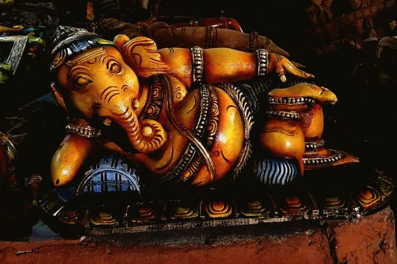 Blissful pose - Ananthasayanam Hindu Hinduism Hindu Gods Hindugod Close-up Sculpture Carving - Craft Product Art Statue Sculpted Idol Ganesha