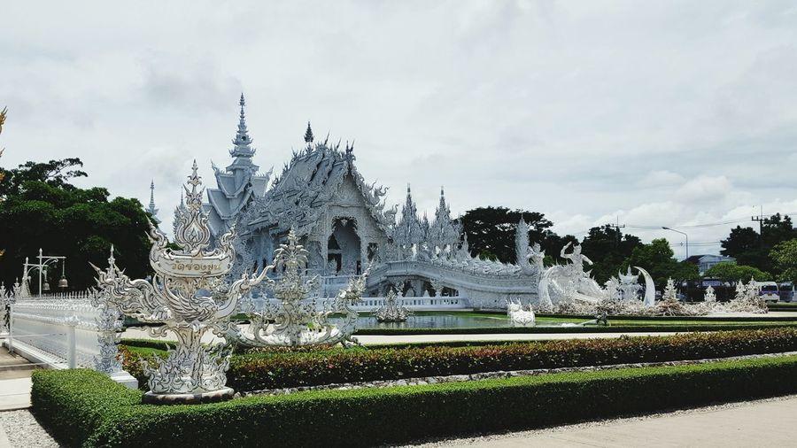 วัดร่องขุ่น อาจารย์เฉลิมชัย จ.เชียงราย Rongkhun Temple Temple Temple - Building Travel Destinations Tourism White Chiangrai,Thailand