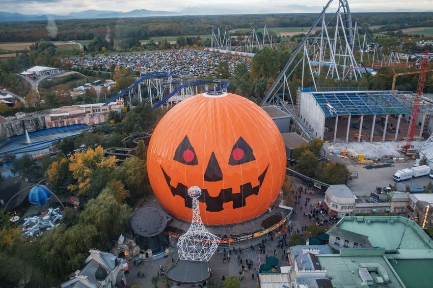 Anthropomorphic Face Architecture Building Exterior Built Structure Cityscape Day Europapark Halloween Jack O Lantern Nature No People Outdoors Pumpkin