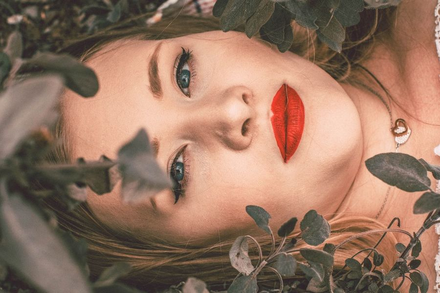 Young Adult Plant Beautiful Woman Leaf Red Close-up Portrait Beauty Photoshop Outdoor Photography Beauty In Nature Photographer Photo Of The Day Blonde Model Nature Photoshoot Photography Outdoors The Portraitist - 2017 EyeEm Awards Fashion Photography Make-up Summer