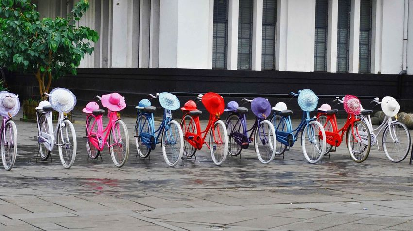 Bycicle Hats INDONESIA Jakarta Kotatuajakarta Vintage Style Wonderful Indonesia