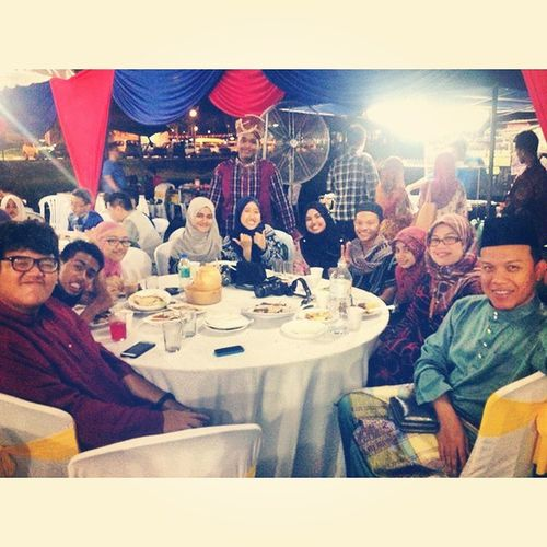 GlobalVillage2014 Unga Libyan GalaDinner ootd Merbokians missthismoment bigfamily happy