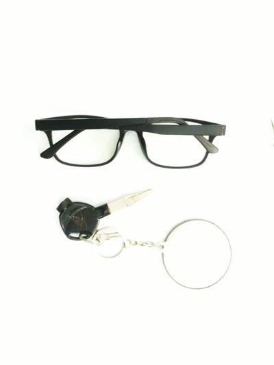 Sunglasses Eyeglasses  Eyesight Eye Mask White Background Protection Eyewear Human Body Part Eye Test Equipment Horn Rimmed Glasses Optometrist Reading Glassesml Ophthalmologist People
