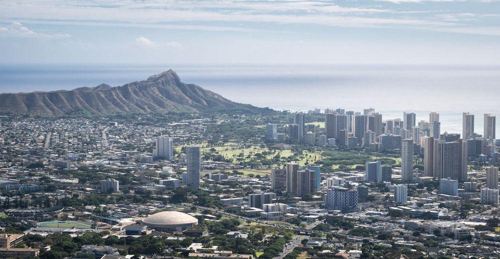 View on honolulu and diamond head monument, shot on lookout above honolulu, hawaii, usa