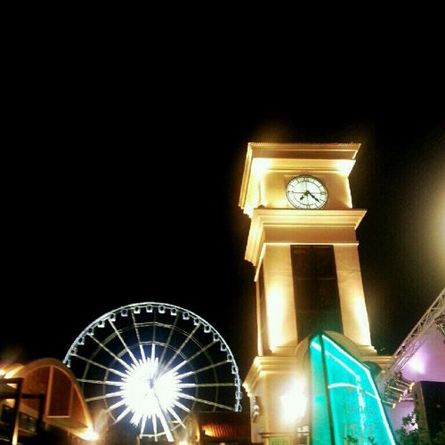 Asiatique The Riverfront 01-01-2013