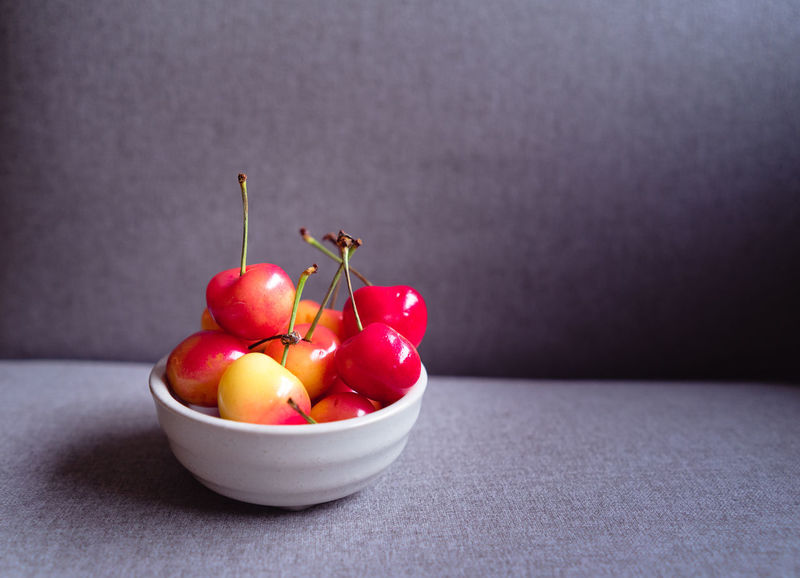 Cherries in a bowl Bright Bright Colors Cherries Food Styling Bowl Brightly Lit Close-up Eating Healthy Food Food And Drink Freshness Fruit Fruit Bowl Fruit Photography Fruitporn Fruits Healthy Healthy Eating Healthy Food Healthy Lifestyle Healthyliving Red