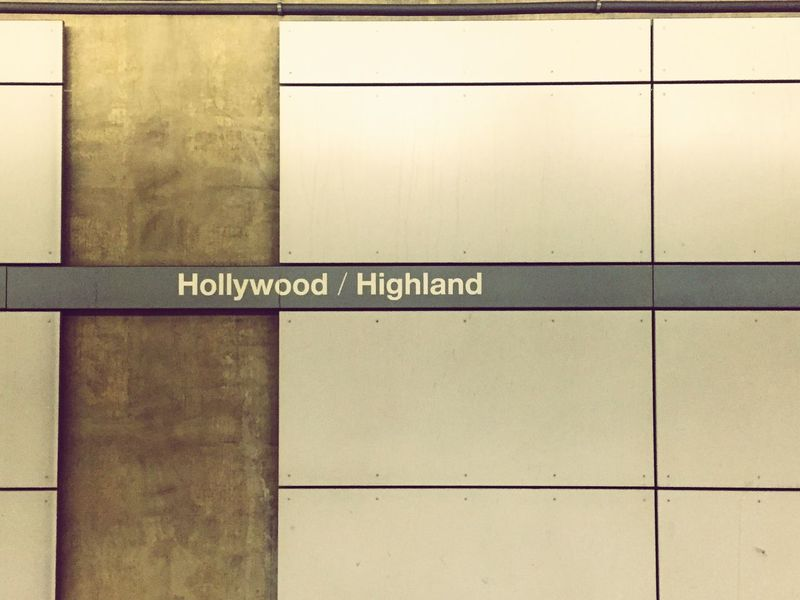 Living highland Los Angeles, California Hollywood Metro Travelamerica Hostravels Hosphotography