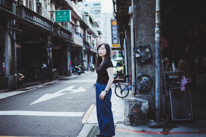 Canon EyeEm Portrait Bestoftheday Streetphotography Photography City EyeEm Best Shots Taiwan Taipei Daily Life EyeEmNewHere Enjoying Life Way2ill Women Portrait Of A Woman Street Girl 台灣 台北 Rooftop 人像 Adventures In The City EyeEmNewHere