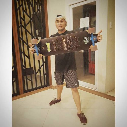 Maka mingaw! Firstloveneverdies Longboarding Shred