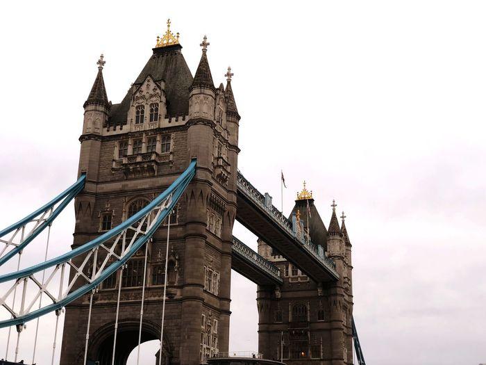 Tower Bridge,