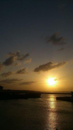 2012 十月的第13天-來看看在這打工的妳.....Enjoying The Sun / Dusk