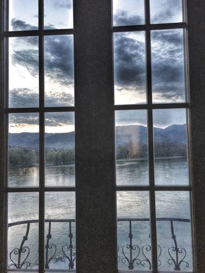 view trough a Window ... Wachau Donau Danube Dürnstein Niederösterreich Austria