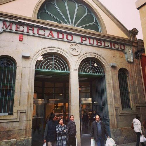 Visita Obligada en todas las ciudades para conocer el Dia a dia de sus Habitantes . Mercado Central de Pamplona Navarra