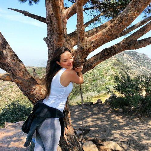 Me abraça / Hug me!!! California Losangeles Thewisdomtreela Instagood instatrip actress hills tree picoftheday nofilter