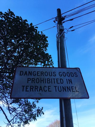 Dangerous goods prohibited Communication Western Script Text Power Line  Guidance Power Supply Sign Rules Tunnel Sign Dangerous Goods