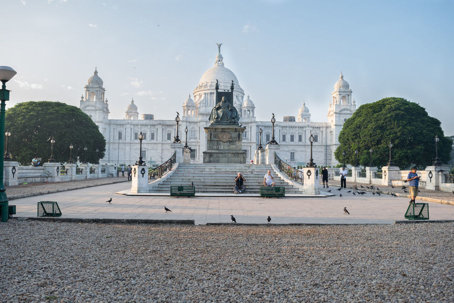 A Good life is a happy life.. Victoria Memorial Ancient Civilization Architecture Building Exterior Built Structure Day Dome History Large Group Of People Nature Outdoors People Place Of Worship Real People Religion Sky Spirituality Tourism Travel Travel Destinations Tree