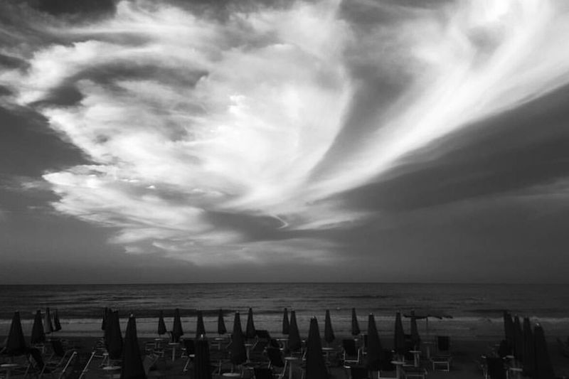 Cloud Sea Sky Clouds Sea Sun Beach Beauty Bnw Streetstyle Sweet Food Blackandwhite Photography Black And White Seagulls And Sea Sesionfotografica  Seaview Sky And Clouds Blackandwhitephotography Bnw_collection First Eyeem Photo Photograph Day Freshness Cityscape Style Chanel Iman