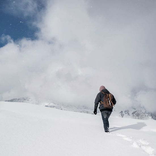 Snow Swiss Alps Taking Photos Clouds And Sky Sky Mountains On A Hike Winter Switzerland Alps