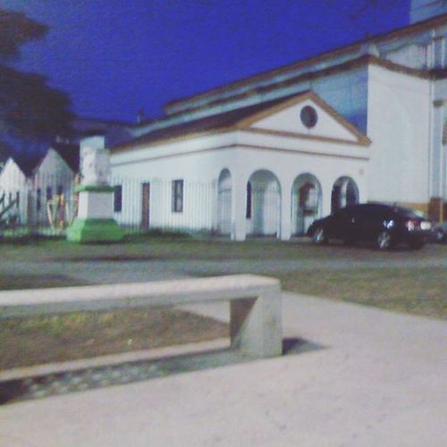 Plaza Esperando BrianApurate .