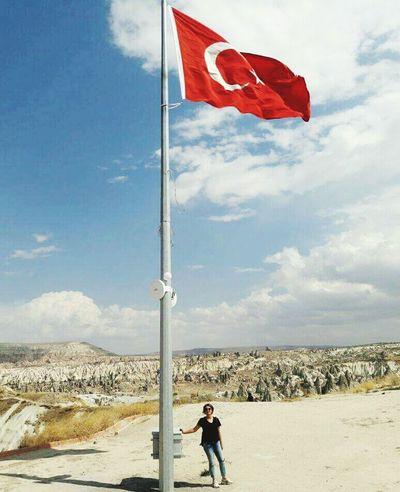 Nevsehir Uçhisar NevşehirKapadokya Bayrak Turkey Vatan Vatanbölünmez