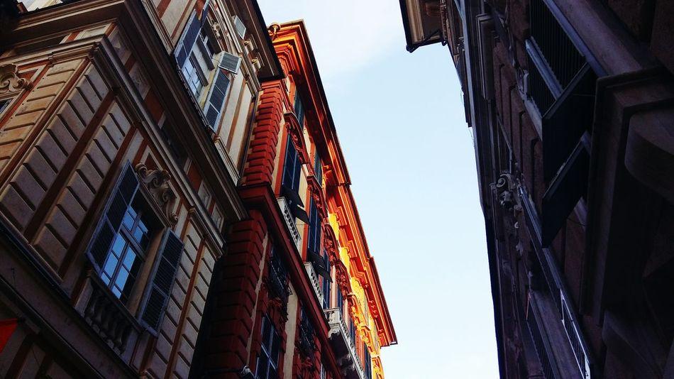 Palazzo Rosso Streetphotography Ig_daily Ig_liguria Ig_italia Ig_europe Zena Ig_world genova Ig_photooftheday Ig_genova Liguria